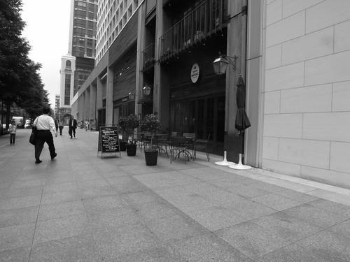 三菱ビル前.JPGのサムネール画像