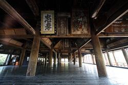 shrines02.jpg